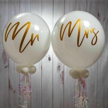 Mr & Mrs Wedding Day Bubble Balloon Package