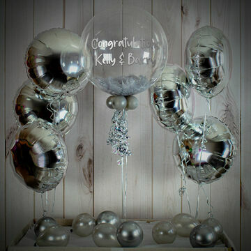 Silver Feathers Balloon Package